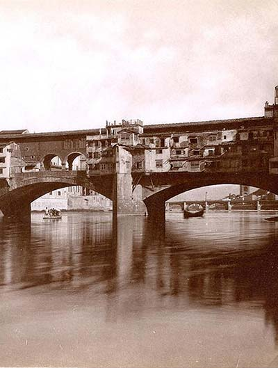 An historical picture of Ponte Vecchio bridge, rebuilt in 1345 by Taddeo Gaddi