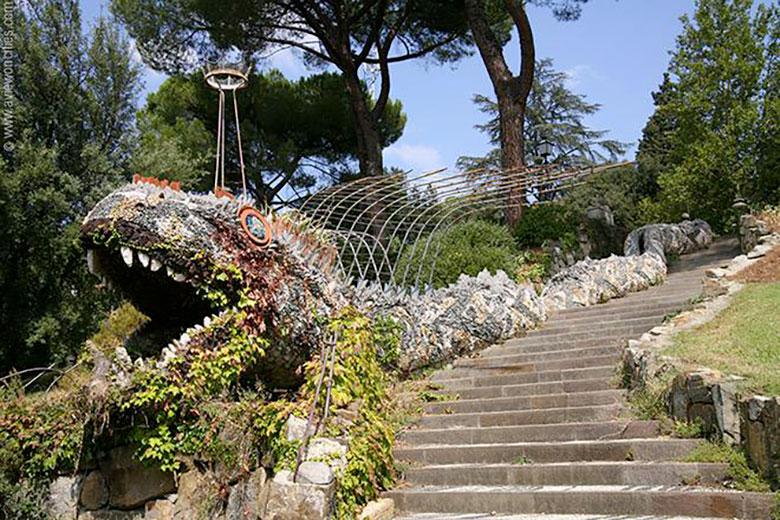 A gian snake at Orti del Parnaso